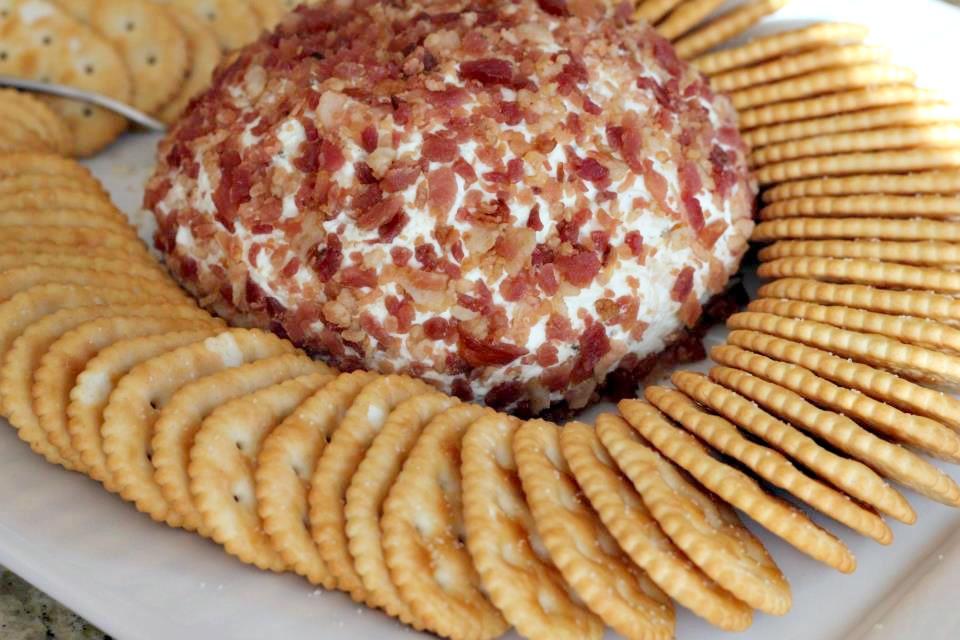 Chicken-Ranch Cheeseball