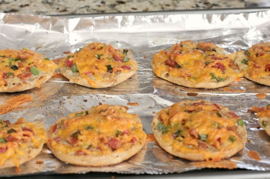 Mini Breakfast Pizzas 1